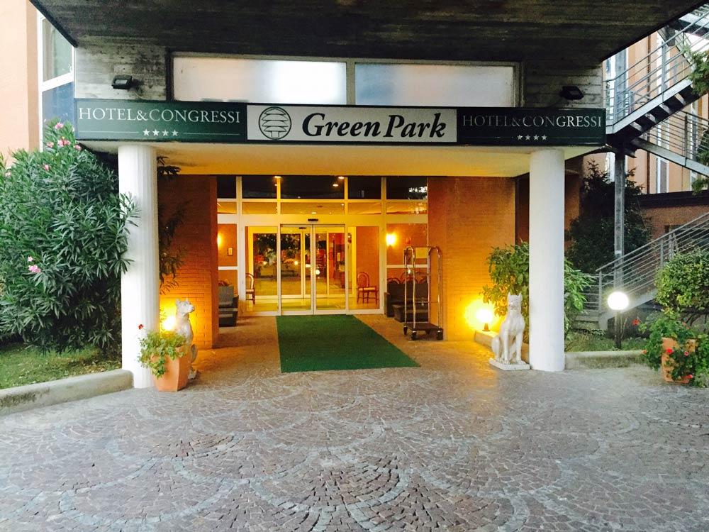 Hotel 4 stelle bologna con parcheggio vicino fermata del bus for Hotel dei commercianti bologna